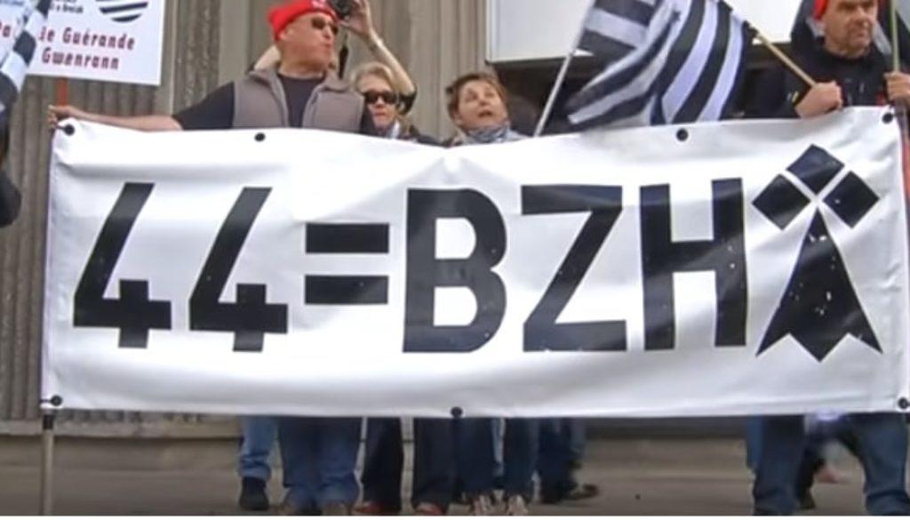 44=BZH
